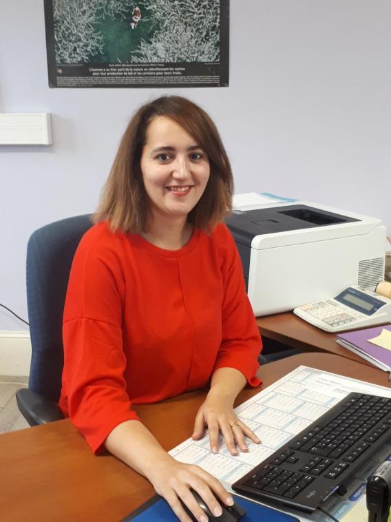Mme Ben Moula, comptable